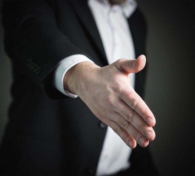 pomocna dłoń w ogłoszeniu upadłości